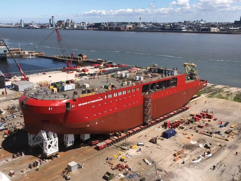 Номер 8 - корабль, RRS сэр Дэвид Аттенборо, недавно запущенный в Cammell Laird в Великобритании