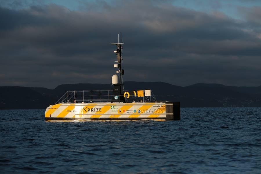 تعمل شركة GEBCO-NF Alumni على دمج التقنيات الحالية وتجربة رسم خرائط المحيطات من خلال سفينة سطحية مبتكرة غير مأهولة للمساهمة في رسم خرائط شاملة لقاع المحيط بحلول عام 2030. (تصوير: Anders Jørgensen)