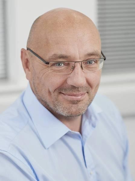 مارك جونز ، الرئيس التنفيذي لشركة Intermoor.