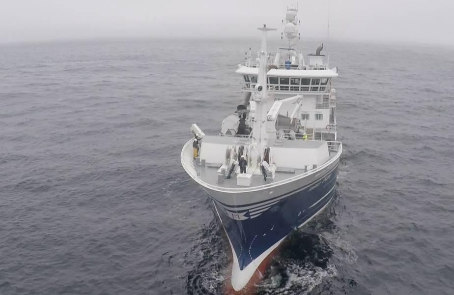 وقد تم اختبار Birdview الطائرات بدون طيار قبالة سفن الصيد في النرويج. صور من عرض الطيور.