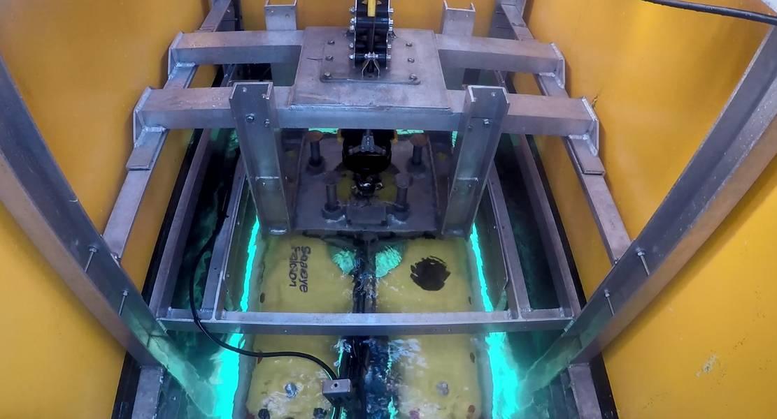 L3 हैरिस यूके का सी-वर्कर 7 यूके के दक्षिण तट से आरओवी के साथ काम कर रहा है। L3 हैरिस यूके की तस्वीरें।