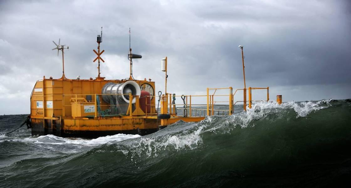 在爱尔兰戈尔韦湾(Galway Bay)测试的一个更小的原型(照片:海洋能源)