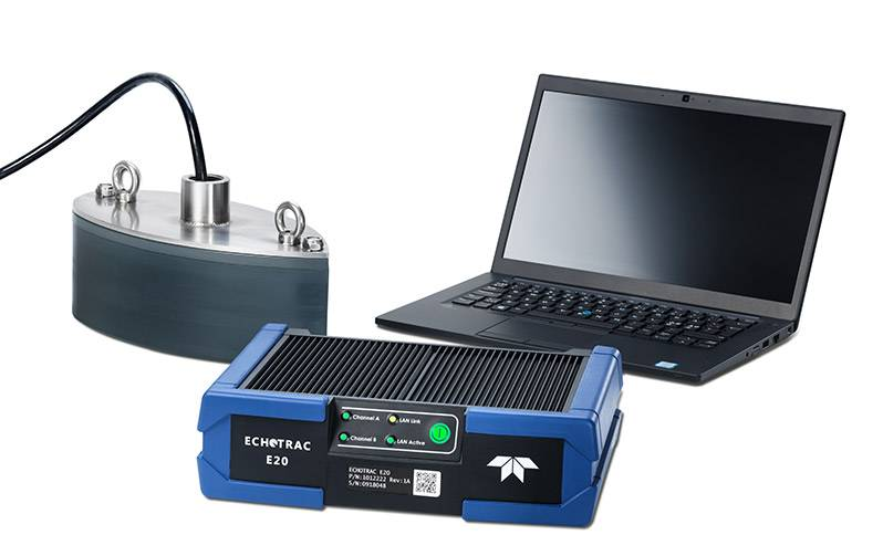 Echotrac E20 con laptop y transductor (Imagen: Teledyne Marine)