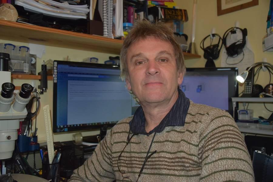 Kelvin Boot ist ein Wissenschaftskommunikator, der mit dem Plymouth Marine Laboratory zusammenarbeitet und derzeit am Wissenstransfer für das EU-finanzierte STEMM-CCS-Projekt beteiligt ist.