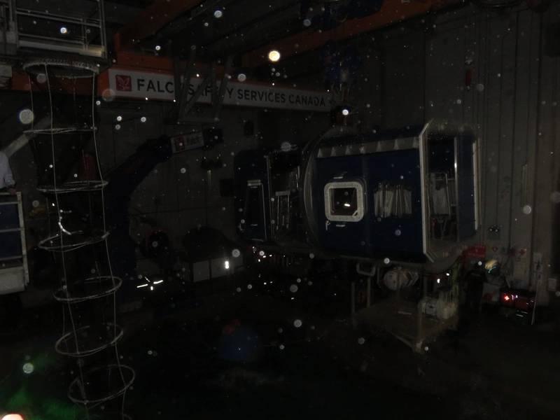 Las condiciones adversas se replicaron completamente durante la demostración, con poca visibilidad y efectos de ruido fuerte. (Foto: Tom Mulligan)