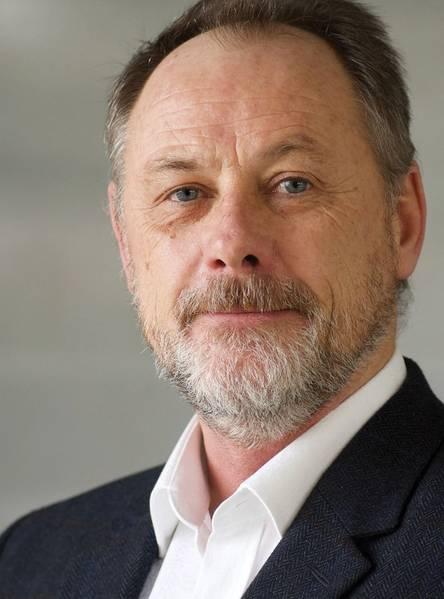 Matt Bates, diretor da Saab Seaeye Ltd., vê a demanda em todos os segmentos de mercado para robótica inteligente para atender a uma gama crescente de tarefas da maneira mais econômica possível.