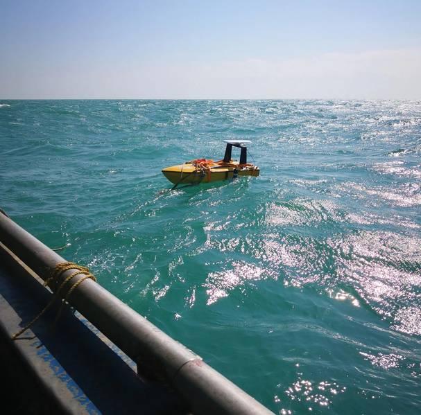 Nortek China USV usado pela China University of Geosciences para medir o perfil atual e a velocidade do veículo durante a deriva. A imagem mostra uma implantação no Mar do Sul da China, perto da cidade de Zhuhai. Foto: Nortek