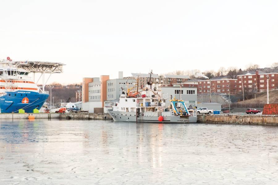 La Odisea de LeeWay en COVE en Dartmouth, Nueva Escocia.