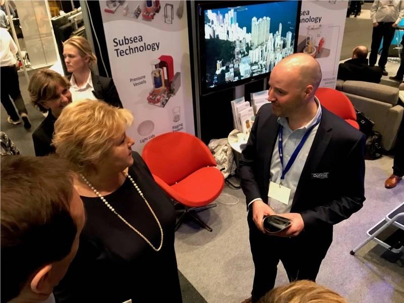 Optime照片信贷Optime的挪威总理和Jan Fredrik Carlsen