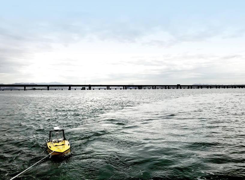 Testen der USV-Systeme in einer Bucht in der Nähe von Qingdao, China. Der Test umfasst die Bootsstabilität (durch Ziehen / Ziehen des Fahrzeugs) und die Kommunikationsqualität. Foto: Nortek