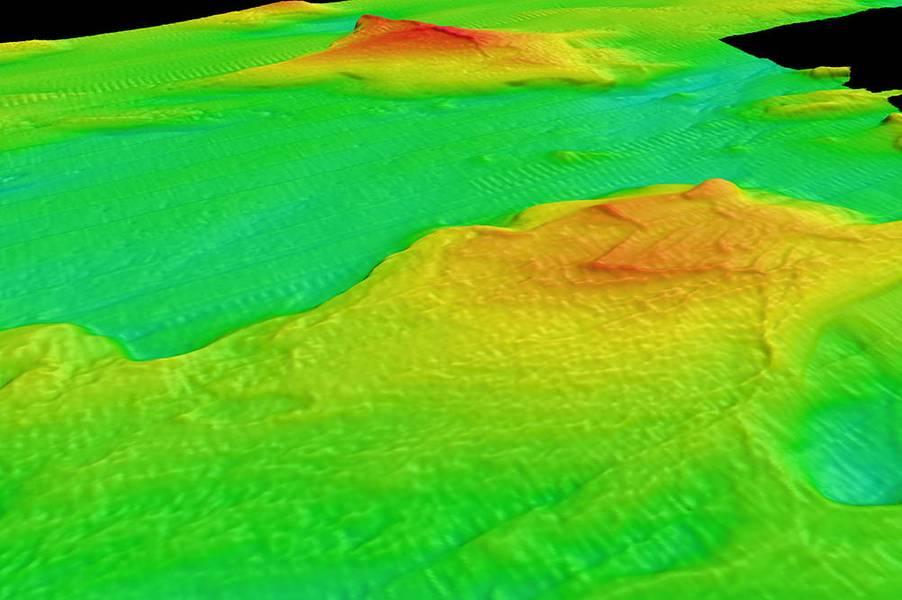 Um mapa de batimetria processado mostra as terras baixas do Lago Huron no Santuário Marinho Nacional de Thunder Bay usando dados coletados pela ASV BEN. As cores variáveis indicam diferentes alturas de características interessantes (as alturas são exageradas para tornar os recursos mais claros). Este tipo de mapa pode ser usado para caracterizar os lagos e habitats, bem como planejar futuras explorações. (Imagem: OET / UNH-CCOM)