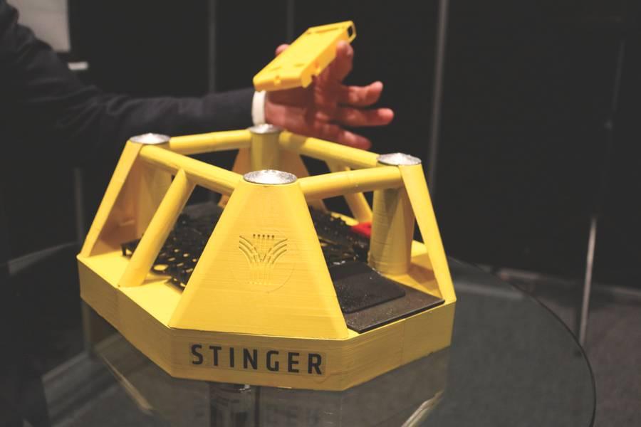 Um modelo do conceito de estação de ancoragem de drone da Stinger, desenvolvido pela Equinor. (Foto: Elaine Maslin)