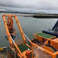 ESS' boulder grab equipment will be used to remove an estimated 1,700 boulders located over a 135-kilometer route offshore northwest England. (Photo: ESS)