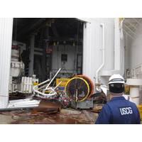 Damage Inspection: Photo credit USCG