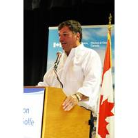 Dominic LeBlanc, Minister of Fisheries, Oceans and the Canadian Coast Guard, announced the creation of the Atlantic Science Enterprise Centre at the Gulf Fisheries Center in Moncton, N.B. (Photo: Fisheries and Oceans Canada)