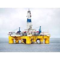 A drilling ship Polar Pioneer in the Chukchi Sea, August 2015 (Photo: Mark Fink / Shell)