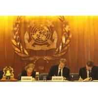 London Protocal amendment signing: Photo courtesy of IMO