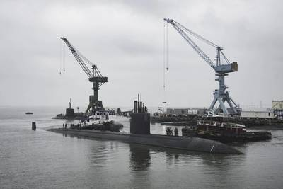 USS Boise (SSN 764) arrives at Huntington Ingalls Industries' Newport News Shipbuilding division to begin its 25-month extended engineering overhaul (Photo by Ashley Cowan/HII)