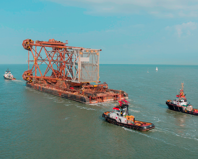 Jacket delivery: Photo courtesy of Heerema Fabrication Group