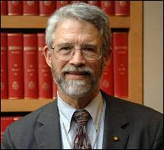 Dr. John P. Holdren is Assistant to the President for Science and Technology, Director of the White House Office of Science and Technology Policy and Co-Chair of the President's Council of Advisors on Science and Technology (PCAST). Photo: White House