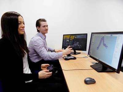 Manipulator control using Dex-OS software integrated to VMAX ROV simulator during engineering analysis (Photo: BluHaptics)