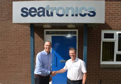 (L-R) Phil Middleton, Seatronics Group MD, with Andy Williamson from Underseasense (Photo: Seatronics)