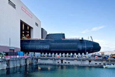 照片:大胆的是,为皇家海军建造的七艘精锐级攻击潜艇中的第四艘于2017年4月在巴罗因弗内斯(照片:皇家海军)发射,