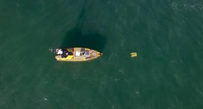 El C-Worker 7 de L3 Harris UK trabaja con un ROV frente a la costa sur del Reino Unido. Fotos de L3 Harris Reino Unido.