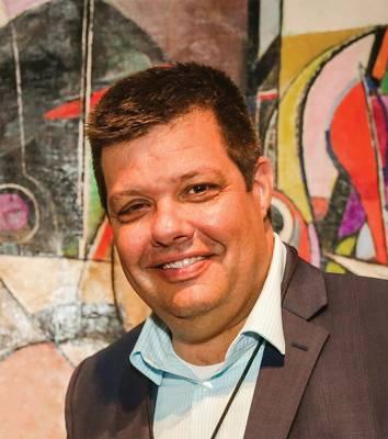 Chris Gibson, Αντιπρόεδρος πωλήσεων & μάρκετινγκ στο VideoRay.