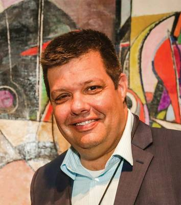 Chris Gibson, vice-presidente de vendas e marketing da VideoRay.