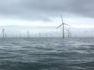 Gwynt Y Mor風力発電所。 Rovcoの写真。