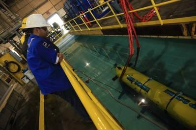 Texas A & M Univ. A Ocean Engineering está usando navios drones e AUVs para explorar habitats oceânicos remotos (Foto: Woodruff Patrick Laputka)