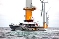 Un buque de servicio de parques eólicos en el mar (CRÉDITO: Blount)