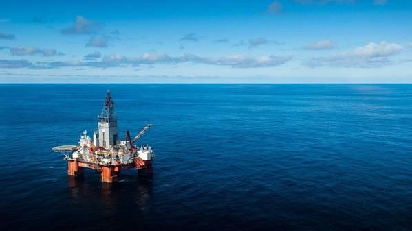 Буровая установка West Hercules в Баренцевом море. (Фото: Оле Йорген Братланд / Эквинор)