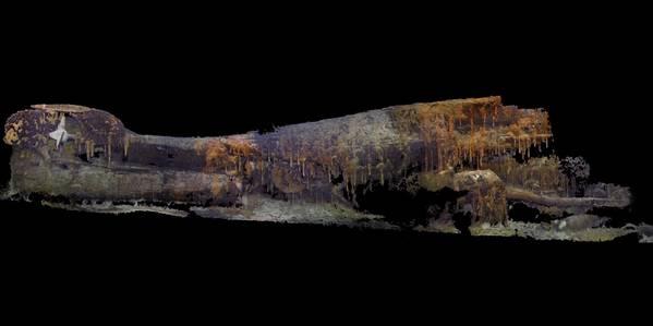 التصوير الفوتوغرافي ثلاثي الأبعاد الصور التي خضع لها الجزء الصارم من السفينة يو إس إس 28 فقدت قبل 75 عامًا في الرابع من يوليو عام 1944.