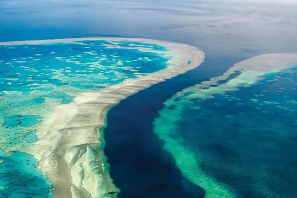 عرضت EOMAP مساهمتها في خريطة الموائل ثلاثية الأبعاد العالمية الأولى للحاجز المرجاني العظيم (GBR) في المنتدى الدولي المعني بقياسات الأعماق المستمدة من الأقمار الصناعية ، يوم SDB يوم 2019 في أستراليا.