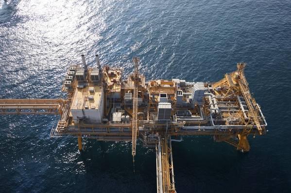 迪拜石油的离岸检验。照片:Cyberhawk