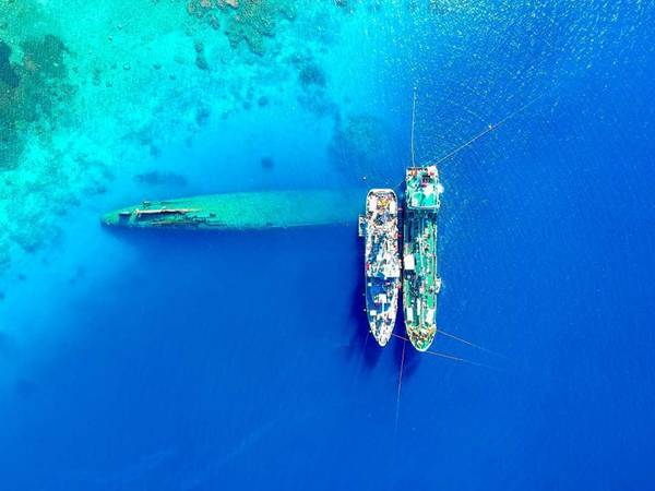 (LeighAhn फेरारी द्वारा अमेरिकी नौसेना फोटो)