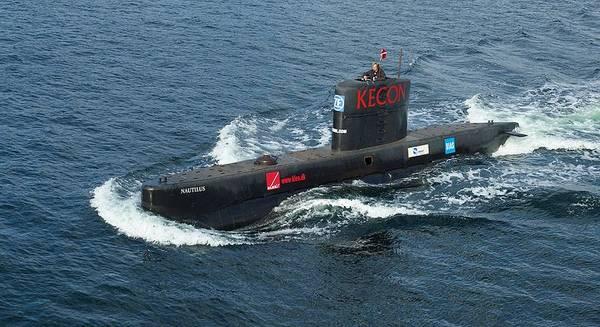 Peter Madsen于2008年8月经营潜艇UC3 Nautilius。(照片:Frumperino)