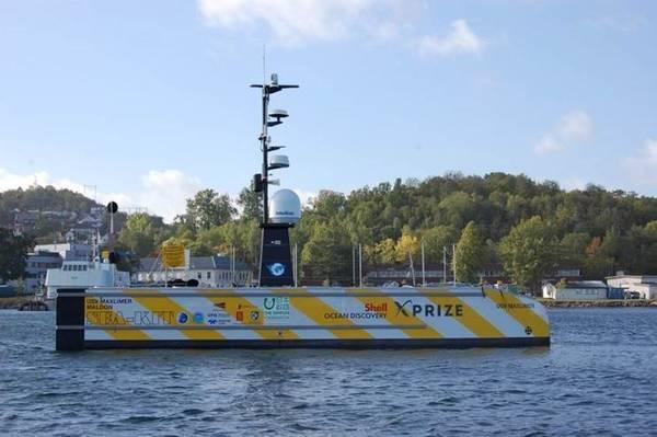 एक मानव रहित पोत का एक उदाहरण, एसईए-केआईटी की मानव रहित सतह वेसल यूएसवी मैक्सिमर मालडन, एक स्वायत्त पनडुब्बी शिल्प तैनात करने और पुनर्प्राप्त करने में सक्षम है। एसईए-केआईटी शैल महासागर डिस्कवरी एक्स-पुरस्कार प्रतियोगिता (फोटो: एमसीए) का फाइनल है