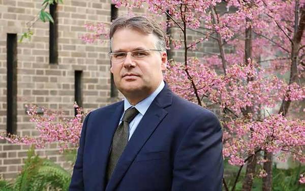 海洋能源系统公司董事长亨利·杰弗里(Henry Jeffrey)。
