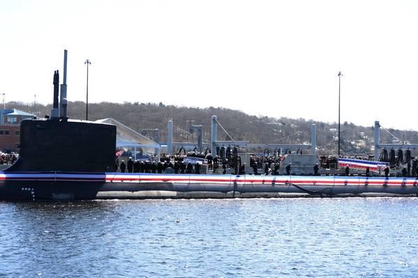 US Navy Foto von Mass Communication Specialist 1. Klasse Steven Hoskins / Erschienen