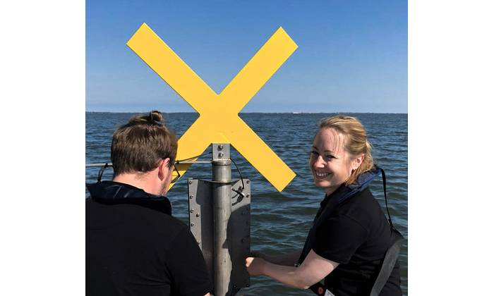 Installation of water level measuring station, Schleswig-Holstein Wadden Sea (Photo: MacArtney)