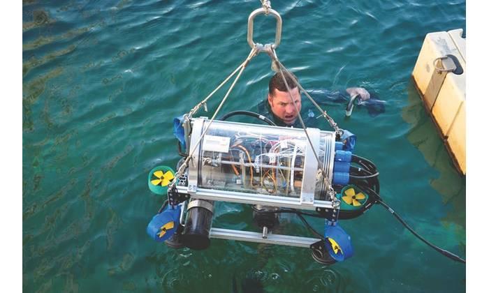 Nautilus AUV ready for action (Image: UFRJ Nautilus)