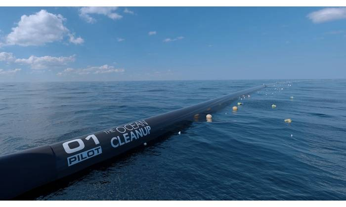The Ocean Cleanup system (Photo: Seatools)