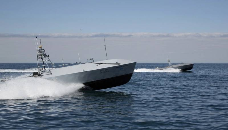 US Navy Puts Unmanned Vehicles Through Their Paces