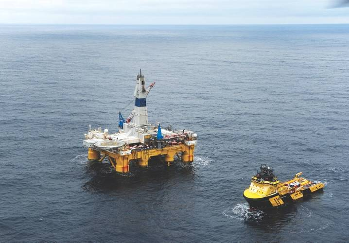 Arctic drilling: the Polar Pioneer in Norway's arctic waters (Photo: Harald Pettersen, Statoil)