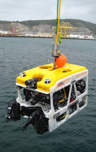 The Cougar XT undergoing tests off the Port of Ferrol, Spain. (Photo: Saab Seaeye)
