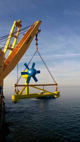 Deployment of tidal turbine in the Fromveur Passage (Photo: MacArtney)