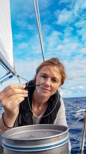 Emily Penn with Microfibre. © Nomad Nmeumonics